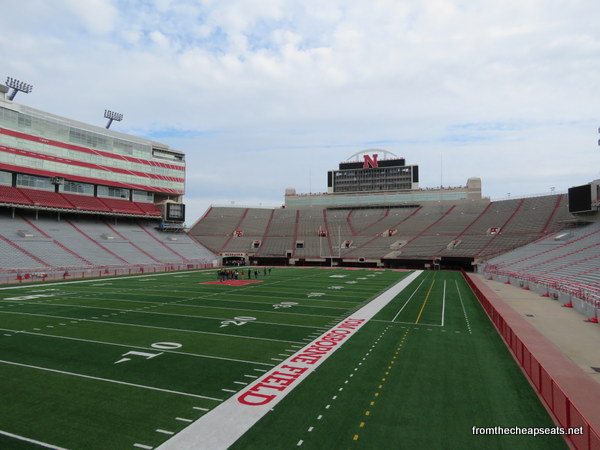 Husker Memories Come Alive On Memorial Stadium Tour The Walking Tourists