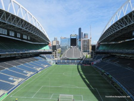'We are 12' – Seattle stadium shares love between Seahawks, fans